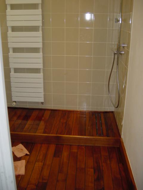 superbe parquet teck salle de bain